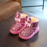 Зимние детские угги с паетками, цвет розовый, хит сезона. Угги детские