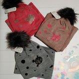 Зимняя шапка и хомут для девочек
