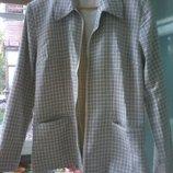 Курточка легкая размер 50