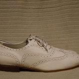 Нежно розовые брогированные кожаные туфли - оксфорды Autograph M&S Англия 42 р.