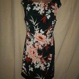 Красивое платье Wallis р-р12