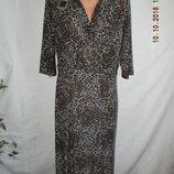 Новое платье с актуальным принтом