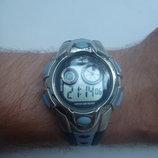 Наручний годинник типу G-Shock