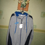 Трикотажный спортивный костюм с капюшоном..турция.