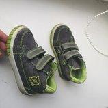 Ботинки Twisty рр 22