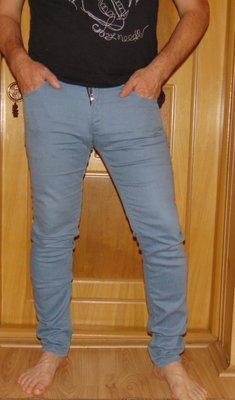 Стильние брендовие джинси брюки zara зара .м-л 32-32
