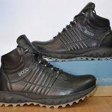 Кожаные зимние ботинки Ecco.