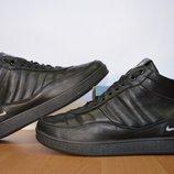 Кожаные зимние ботинки Nike.