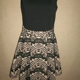 Красивое платье Miss Selfridge р-р10