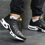 Зимние кроссовки Nike Air Max Tn black/white