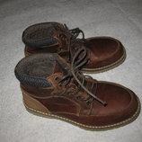 22 см стелька, кожаные крутецкие ботинки от George