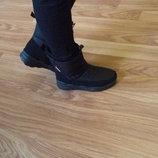 Зимние женские сапоги дутики чёрные