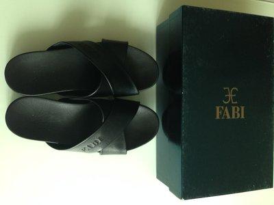 Шлепанцы шлепки Fabi Италия натуральная кожа Новая коллекция Будьте стильными