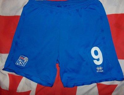 Спортивние фирменние футбольние труси шорти errea эрреа зб исландии .л-хл .