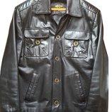 Шкіряна куртка М-Л, висока якість
