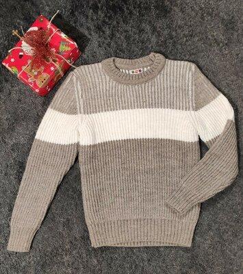 Тёплый свитер вязка в наличии размера от 5 до 14 лет