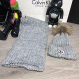 Зимний комплект шапка и шарф Moncler Winter Hat Knitted Pompon and Scarf Gray