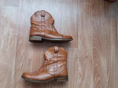 Ботинки утеплённые.деми р 38.5-39.кожа.