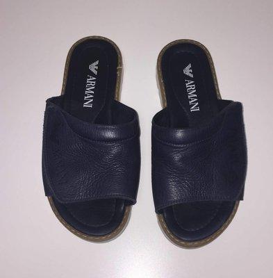 f7eddea2c725 Брендовые кожаные шлепанцы Armani р.36 по стельке 23см.  950 грн - летняя  обувь armani в Ужгороде, объявление №19243870 Клубок (ранее Клумба)