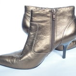 Ботинки из натуральной кожи р.39