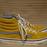 Шикарные высокие замшевые фирменные кеды горчичного цвета. Vans 36 р