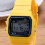 Часы мужские Casio Classic retro yellow
