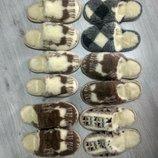 Тапочки с оленями из овчины / вышиванка домашние тапки