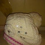 Красивая зимняя теплая шапка с камушками