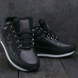 Ботинки зимние New Balance 754 black