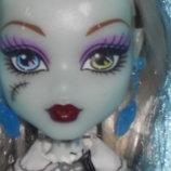 шикарная кукла Монстер Хай Френки Штейн Frankie Stein Monster High Mattel Сша оригинал клеймо