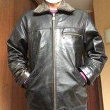 Кожаная куртка со съёмным воротником