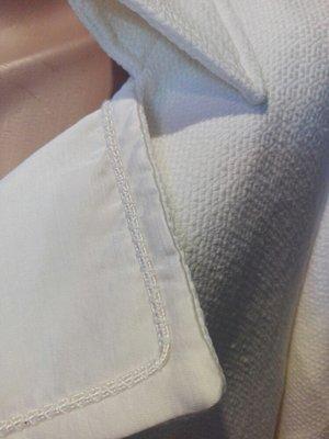 Крутой фирменный белый Плащ-Трэнч пиджак вечерний вариант или свадебный Massimo  dutti. Previous Next b1e5b8490c6