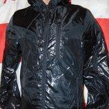 Стильная фирменная курточка ветровка бренд . h&m. xs-s