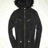 Курточка черная на молнии размер 12-14