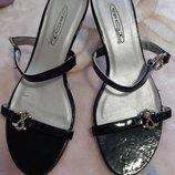 Шльопанці,сандали,босоножки,босоніжки 36розмір