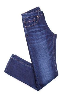 Мужские джинсы синего цвета на флисе.