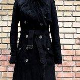 Дубленка Burberry, оригинал, густой длинношерстный мех, цвет - черный.