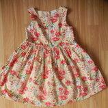 Фирменное нарядное платье f&f малышке 5-6 лет состояние отличное.