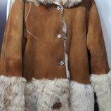 Теплющая шуба -мех ламы двухсторонняя с капюшоном 40-42