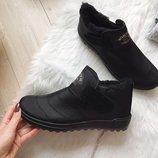 Мужские зимние ботинки , очень теплые , на меху. в наличии