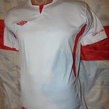Фирменная спортивная оригинал футболка umbro 158-168.12-15 ле. xs