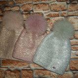 Зимняя теплая вязаная шапка с напылением на флисе с бубоном , 3 цвета