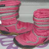 зимние термосапоги фирмы Thinsulate insulation р 30-31 12 на ножку18-19см