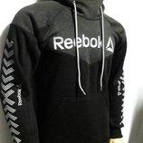 Толстовка с капюшоном Reebok теплая комбинированная.