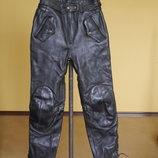 Брюки-Штани шкіряні на 38 євро розмір