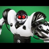 Робот на управлении Roboactor