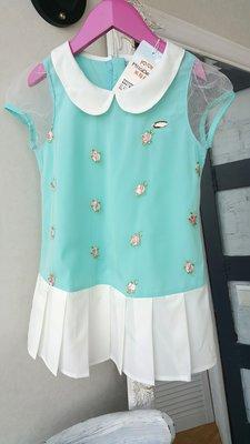 Блуза нарядная на 5-6 лет с оборкой и воротничком mila bear