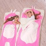 Розовый заяц - детский слипик / спальный мешок