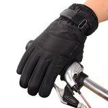 Перчатки непромокаемые, ветрозащитные, утепленные для сенсорных экранов черные код 107