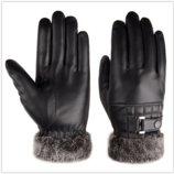 Перчатки утепленные с отворотом для сенсорных экранов черные код 106